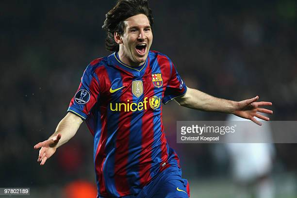 Lionel Messi of Barcelona celebrates the first goal during the UEFA Champions League round of sixteen second leg match between FC Barcelona and VfB...