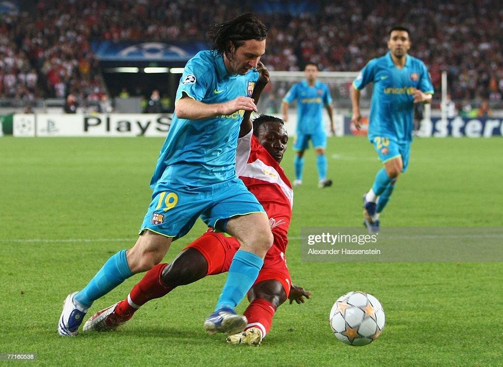 VfB Stuttgart v Barcelona - UEFA Champions League : News Photo