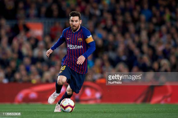 Lionel Messi of Barcelona controls the ball during the La Liga match between FC Barcelona and Levante UD at Camp Nou on April 27 2019 in Barcelona...