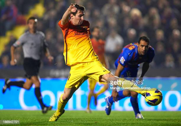 Lionel Messi of Barcelona controls the ball during the la Liga match between Levante UD and FC Barcelona at Ciutat de Valencia on November 25 2012 in...