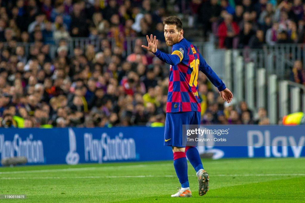 Barcelona V Borussia Dortmund : News Photo