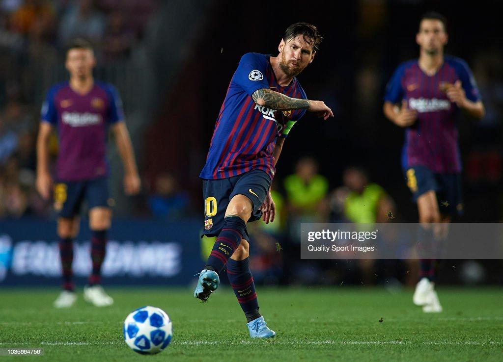 FC Barcelona v PSV - UEFA Champions League Group B : News Photo