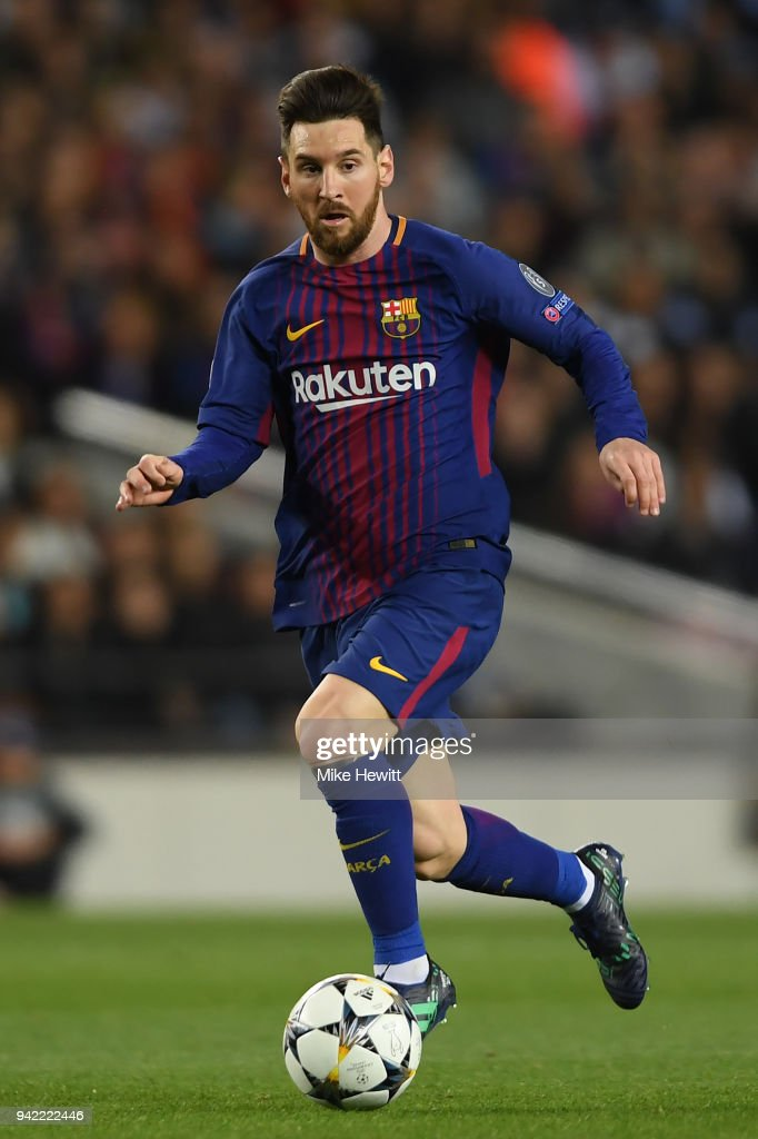 Lionel Messi of Barcelona in action during the UEFA Champions League Quarter Final Leg One between FC Barcelona and AS Roma at Camp Nou on April 4, 2018 in Barcelona, Spain.