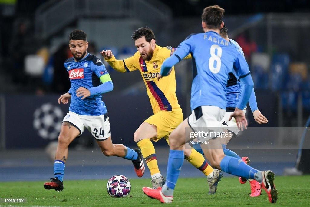 Napoli v Barcelona - UEFA Champions League : News Photo