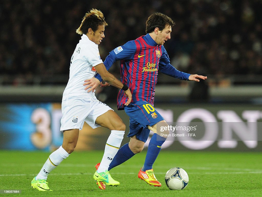 Santos v FC Barcelona - FIFA Club World Cup Final : News Photo