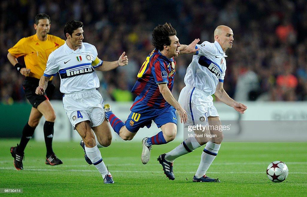 Barcelona v Inter Milan - UEFA Champions League : News Photo