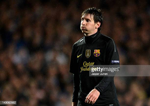 Lionel Messi of Barcelona looks dejected during the UEFA Champions League Semi Final first leg match between Chelsea and Barcelona at Stamford Bridge...