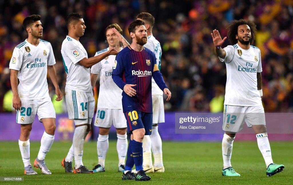 Barcelona v Real Madrid - La Liga : News Photo
