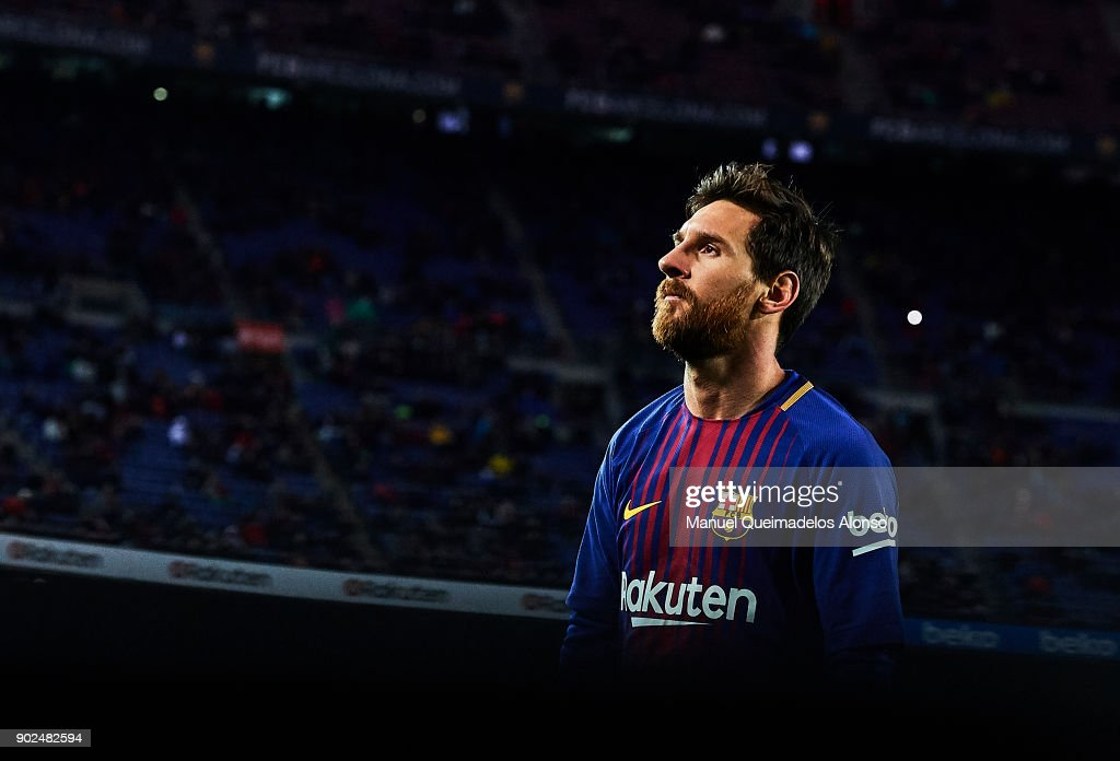 Lionel Messi of Barcelona looks on during the La Liga match between Barcelona and Levante at Camp Nou on January 7, 2018 in Barcelona, Spain.