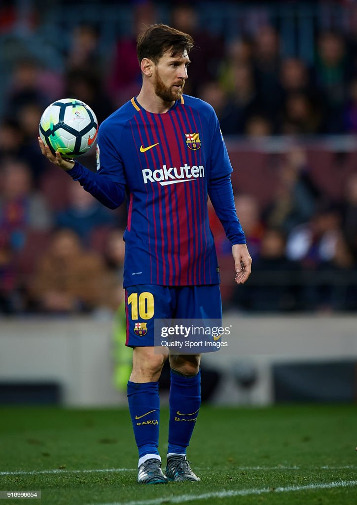 Lionel Messi of Barcelona looks on during the La Liga match between Barcelona and Getafe at Camp Nou on February 11, 2018 in Barcelona, Spain.