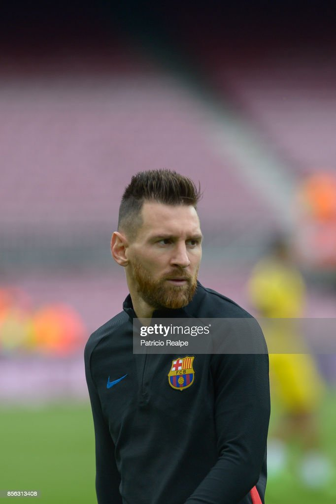 Lionel Messi of Barcelona looks on prior the La Liga match between Barcelona and Las Palmas at Camp Nou on October 1, 2017 in Barcelona, Spain.