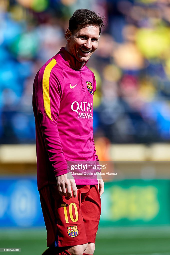 Lionel Messi of Barcelona looks on prior to the La Liga match between Villarreal CF and FC Barcelona at El Madrigal on March 20, 2016 in Villarreal, Spain.