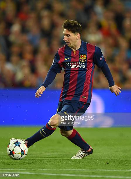 Lionel Messi of Barcelona passes the ball during the UEFA Champions League Semi Final, first leg match between FC Barcelona and FC Bayern Muenchen at...