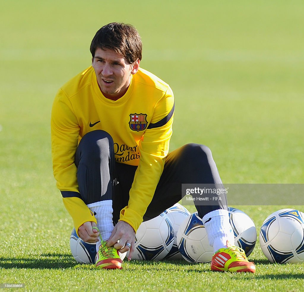 Lionel Messi of Barcelona prepares during the Barcelona training at Marinos Town on December 12, 2011 in Yokohama, Japan.