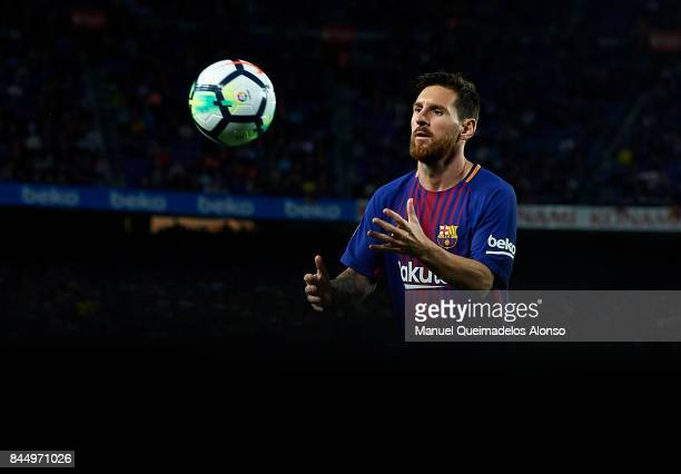 Lionel Messi of Barcelona prepares for a corner kick during the La Liga match between Barcelona and Espanyol at Camp Nou on September 9 2017 in...