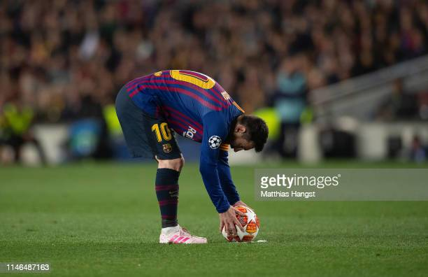 Lionel Messi of Barcelona prepares for the free-kick to score his 600. Goal during the UEFA Champions League Semi Final first leg match between...