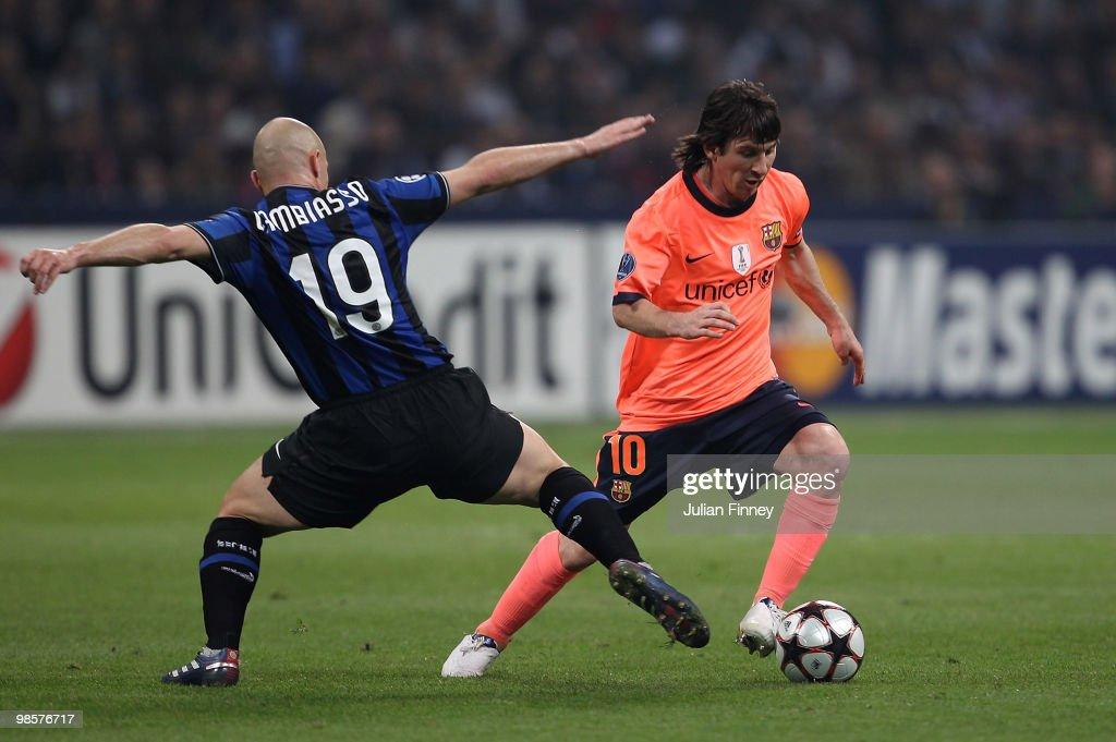 Inter Milan v Barcelona - UEFA Champions League : News Photo