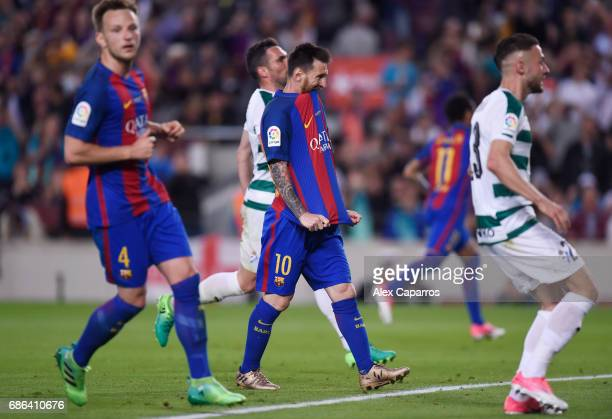 Lionel Messi of Barcelona reacts after he misses a penalty during the La Liga match between Barcelona and Eibar at Camp Nou on 21 May 2017 in...