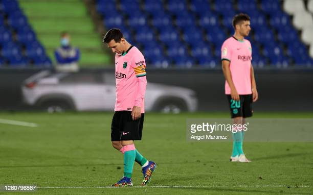 Lionel Messi of Barcelona reacts to defeat after the La Liga Santander match between Getafe CF and FC Barcelona at Coliseum Alfonso Perez on October...