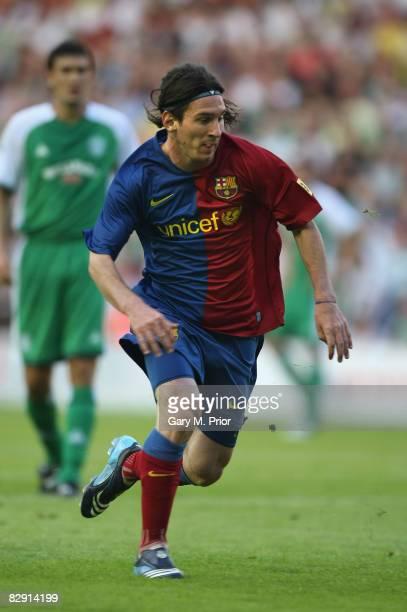 Lionel Messi of Barcelona runs during the preseason friendly between Hibernian and Barcelona at Murrayfield on July 24 2008 in Edinburgh Scotland