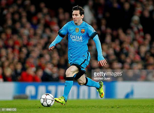 2daf8bdb506 Lionel Messi of Barcelona runs with the ball during the UEFA Champions  League match between Arsenal