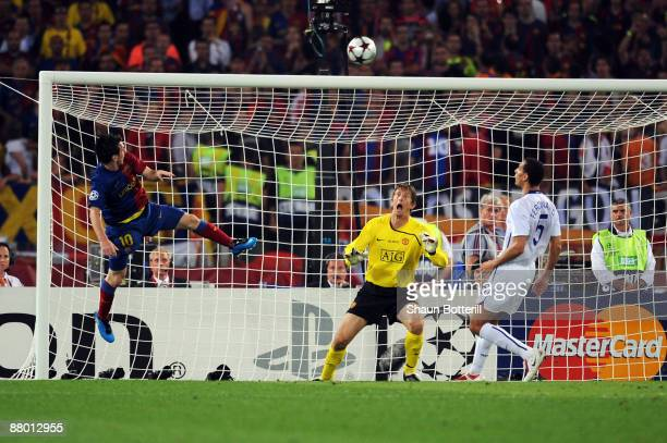 Lionel Messi of Barcelona scores the second goal for Barcelona during the UEFA Champions League Final match between Barcelona and Manchester United...