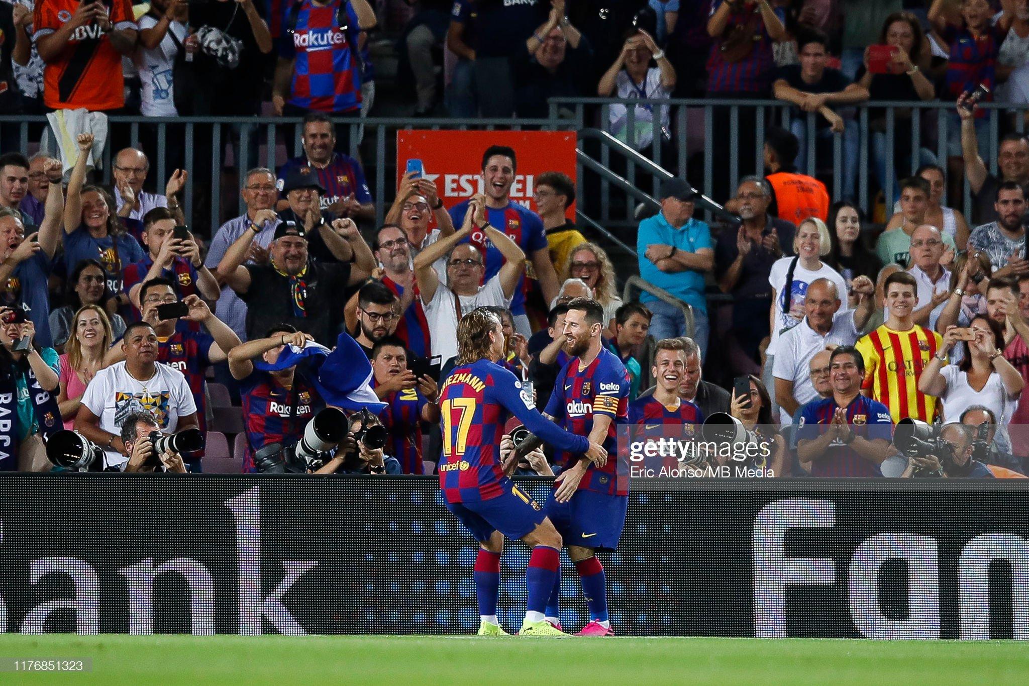 صور مباراة : برشلونة - فياريال 2-1 ( 24-09-2019 )  Lionel-messi-of-fc-barcelona-and-antoine-griezmann-celebrates-the-10-picture-id1176851323?s=2048x2048