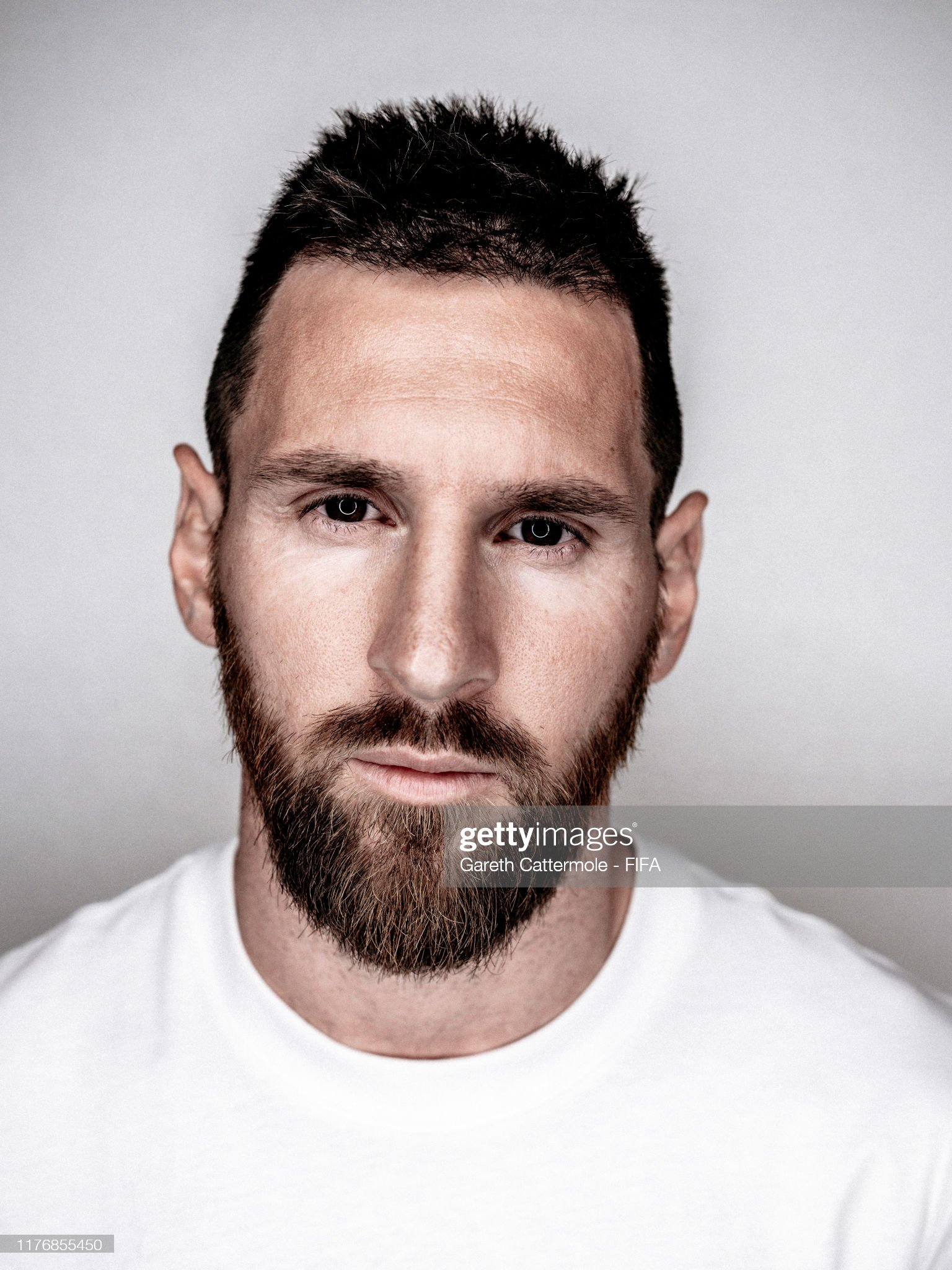 The Best FIFA Football Awards 2019 Lionel-messi-of-fc-barcelona-and-argentina-poses-for-a-portrait-ahead-picture-id1176855450?s=2048x2048