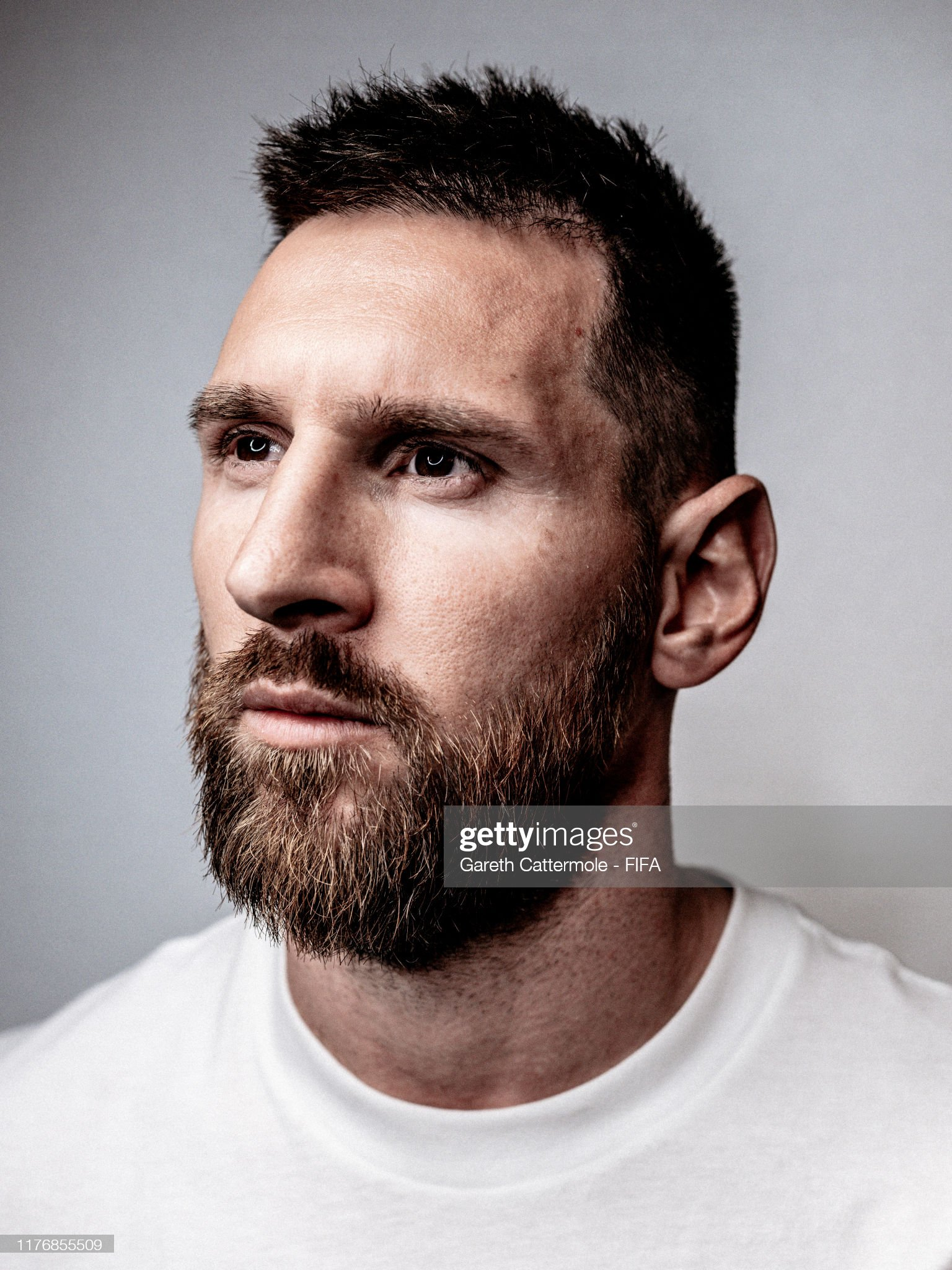 The Best FIFA Football Awards 2019 Lionel-messi-of-fc-barcelona-and-argentina-poses-for-a-portrait-ahead-picture-id1176855509?s=2048x2048