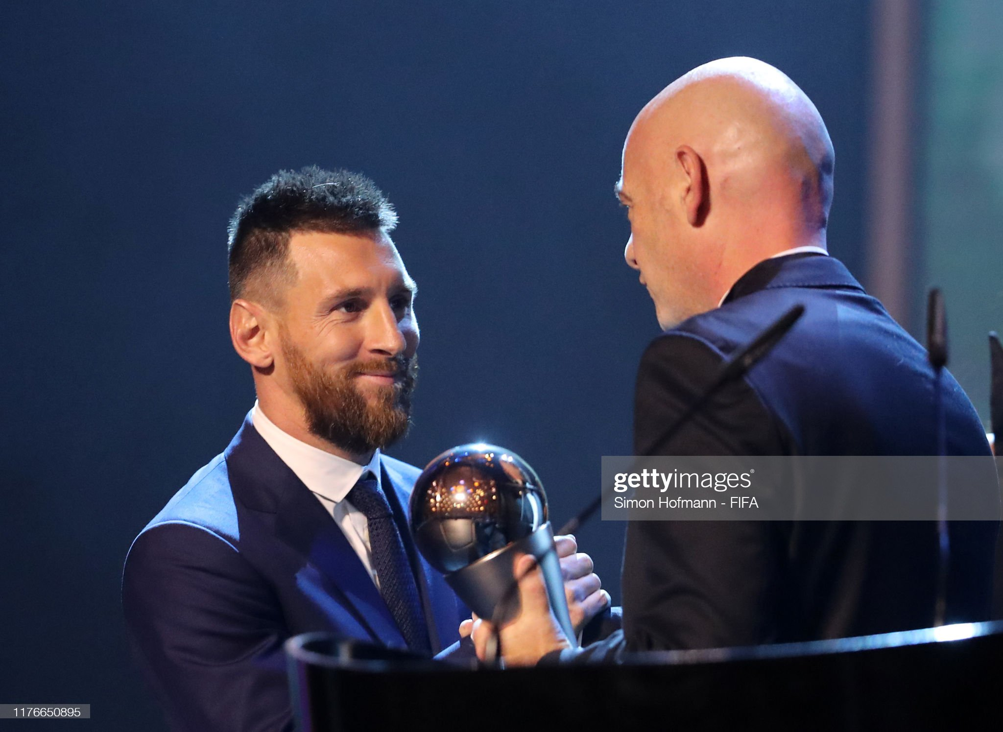 The Best FIFA Football Awards 2019 Lionel-messi-of-fc-barcelona-and-argentina-receives-the-the-best-fifa-picture-id1176650895?s=2048x2048