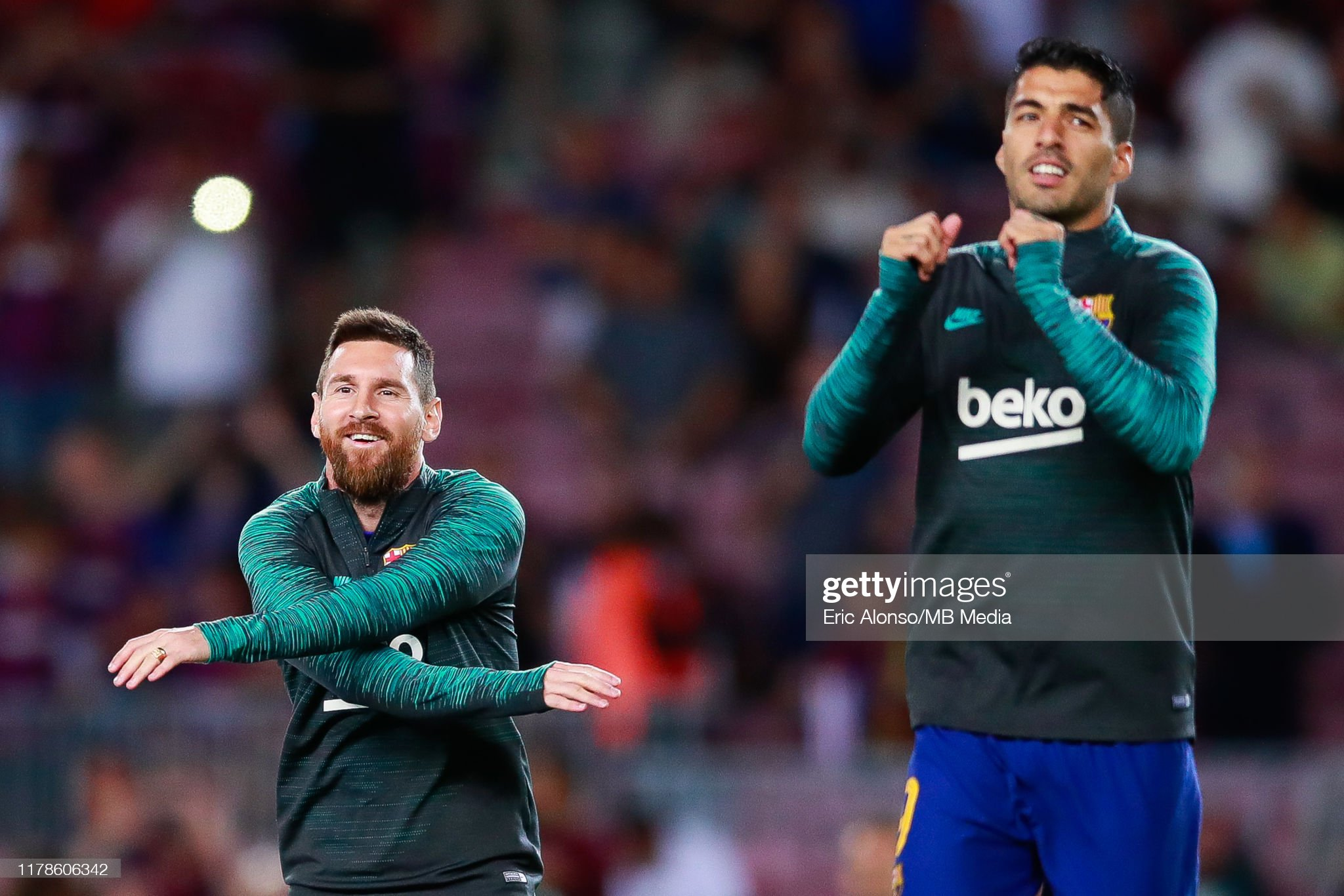 صور مباراة : برشلونة - إنتر 2-1 ( 02-10-2019 )  Lionel-messi-of-fc-barcelona-and-luis-suarez-of-fc-barcelona-during-picture-id1178606342?s=2048x2048