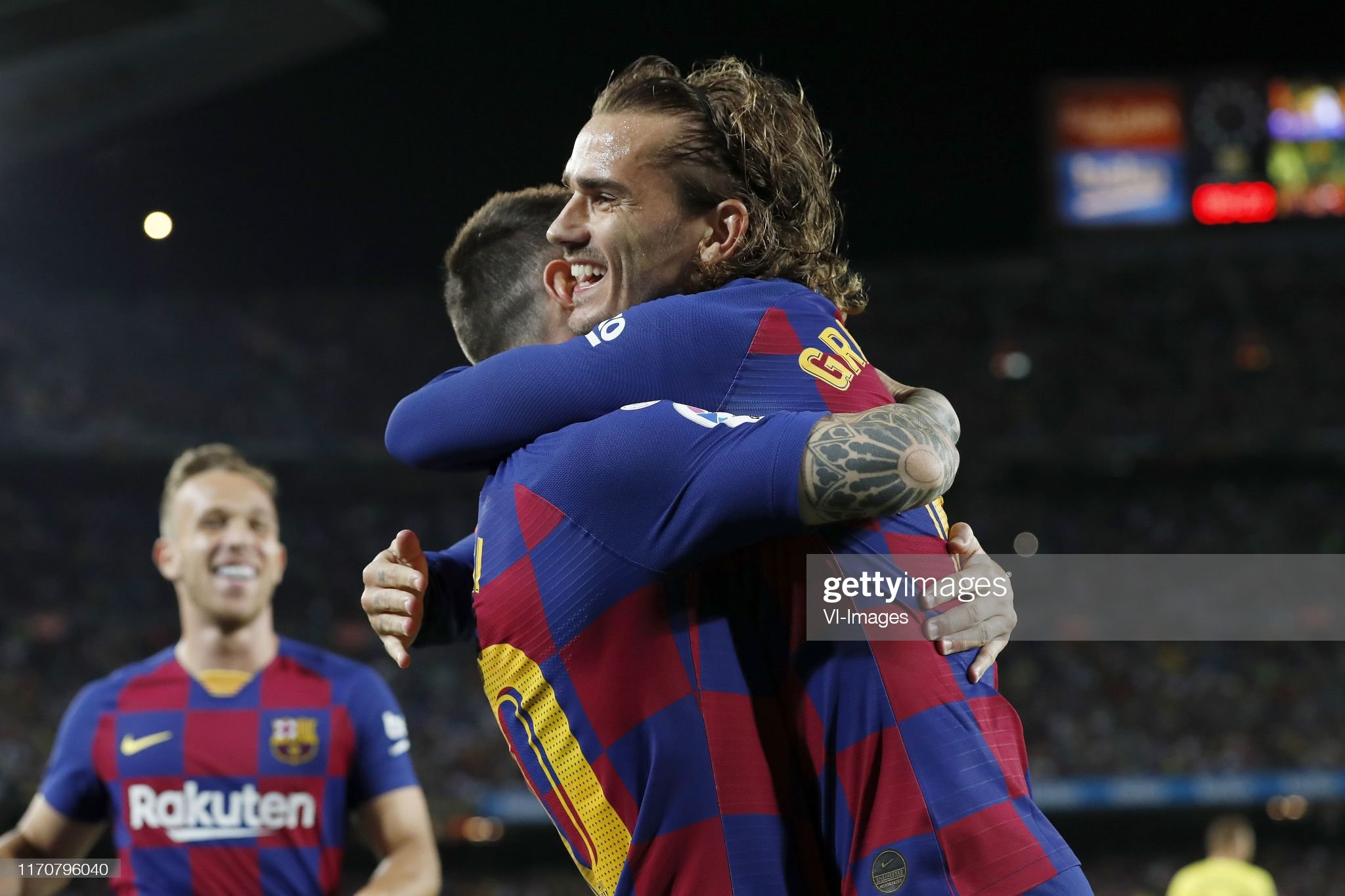 صور مباراة : برشلونة - فياريال 2-1 ( 24-09-2019 )  Lionel-messi-of-fc-barcelona-antoine-griezmann-of-fc-barcelona-during-picture-id1170796040?s=2048x2048