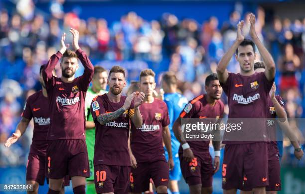 Lionel Messi of FC Barcelona applauds Barcelona fans after they beat Getafe 21 during the La Liga match between Getafe and Barcelona at Coliseum...