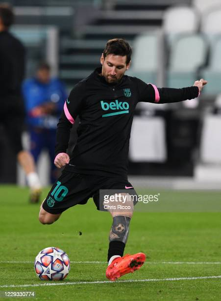 Lionel Messi of FC Barcelona before the UEFA Champions League Group G stage match between Juventus and FC Barcelona at Juventus Stadium on October 28...