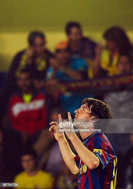 Lionel Messi of FC Barcelona celebrates after scoring during the La Liga match between Villarreal CF and FC Barcelona at El Madrigal stadium on May 1...