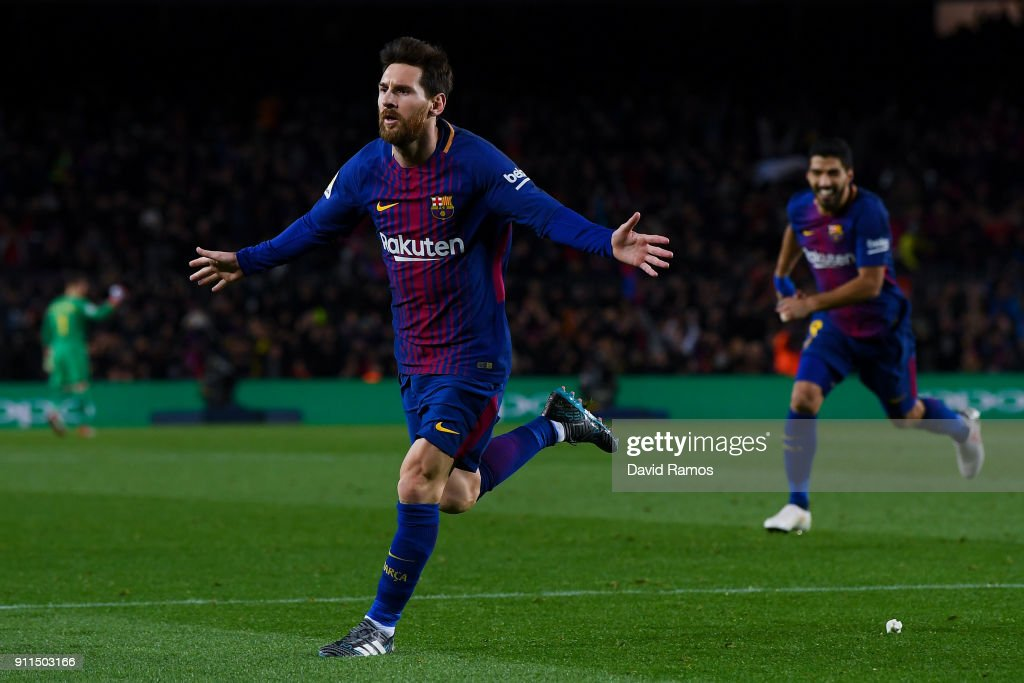 Lionel Messi of FC Barcelona celebrates after scoring his team's second goal during the La Liga match between Barcelona and Deportivo Alaves at Camp Nou on January 28, 2018 in Barcelona, Spain.