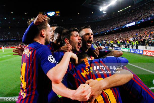Lionel Messi of FC Barcelona celebrates scoring his side's 2nd goal in the 75th minute during the UEFA Champions League Semi Final first leg match...