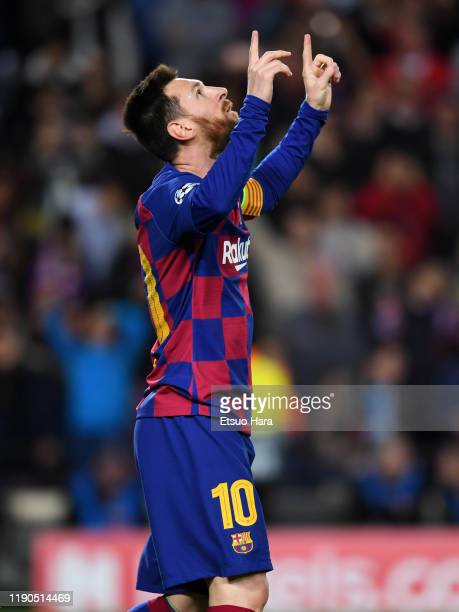 Lionel Messi of FC Barcelona celebrates scoring his side's second goal during the UEFA Champions League group F match between FC Barcelona and...