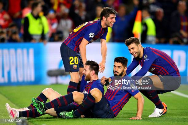 Lionel Messi of FC Barcelona celebrates scoring his sides third goal during the UEFA Champions League Semi Final first leg match between Barcelona...