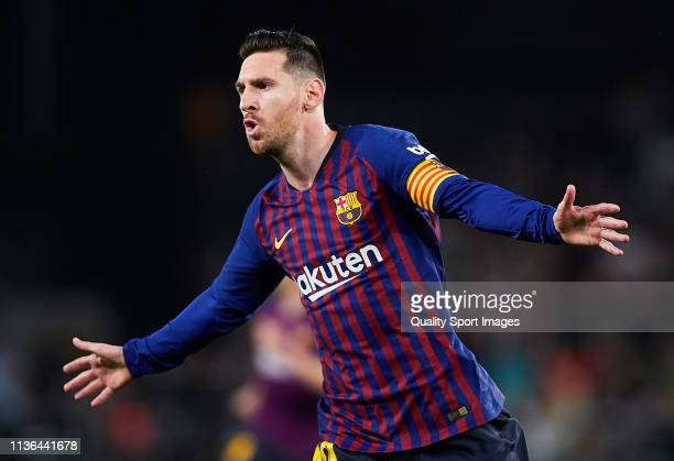 Lionel Messi of FC Barcelona celebrates scoring his team's opening goal during the La Liga match between Real Betis Balompie and FC Barcelona at...