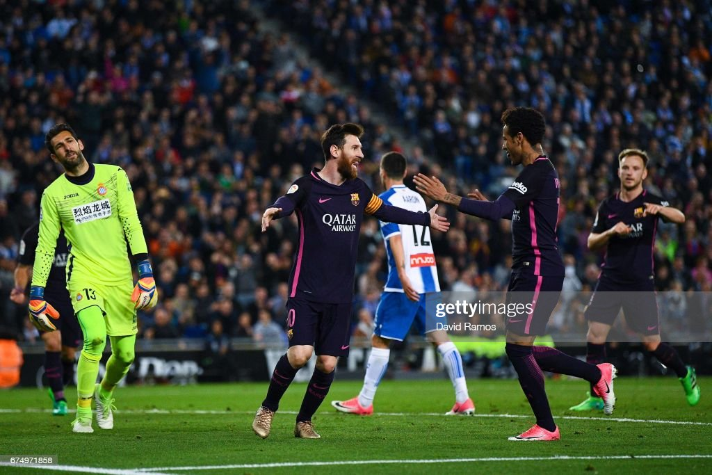 RCD Espanyol v FC Barcelona - La Liga : Fotografía de noticias