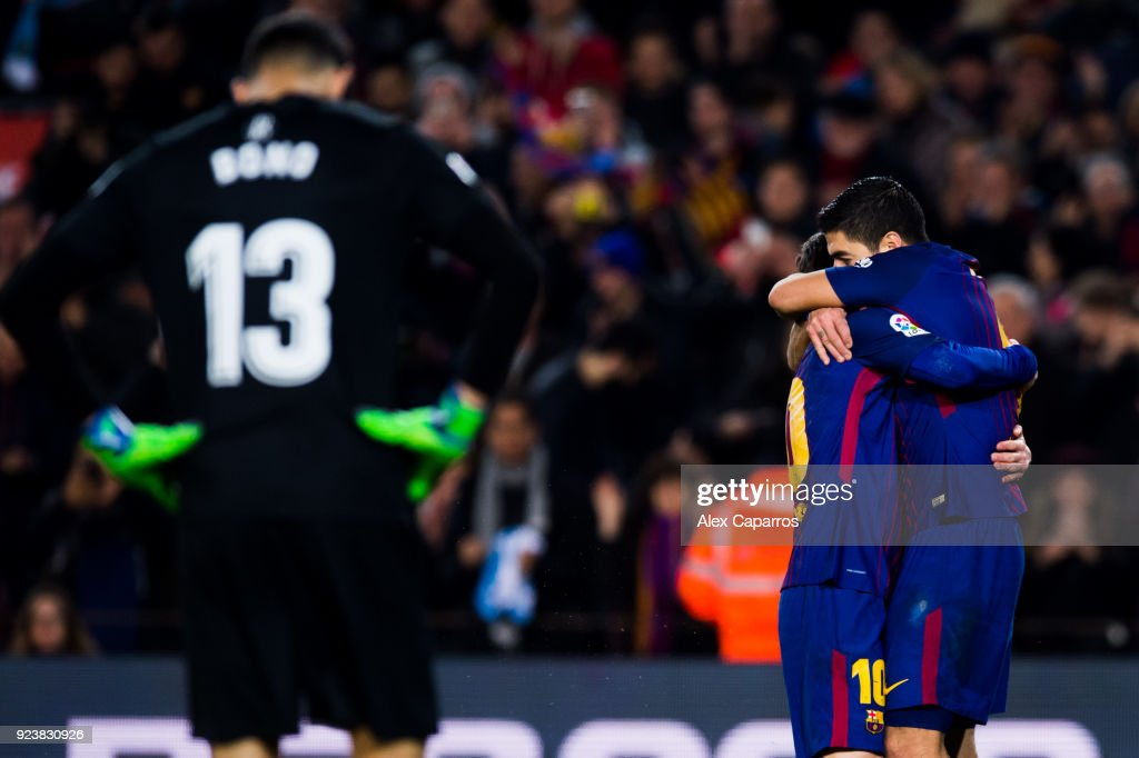 https://media.gettyimages.com/photos/lionel-messi-of-fc-barcelona-celebrates-with-his-teammate-luis-suarez-picture-id923830926?k=6&m=923830926&s=594x594&w=0&h=-GYTpik3XP6XwGoK1moEzF0PEohphW0T7YiuRx4iLcM=