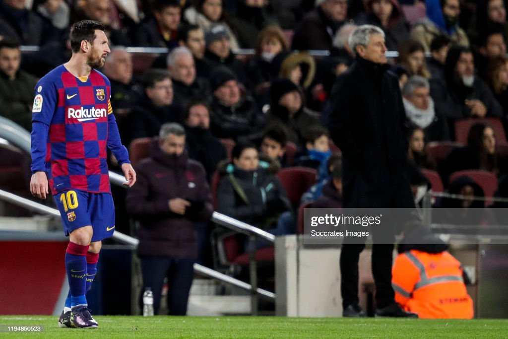 FC Barcelona v Granada - La Liga Santander : News Photo