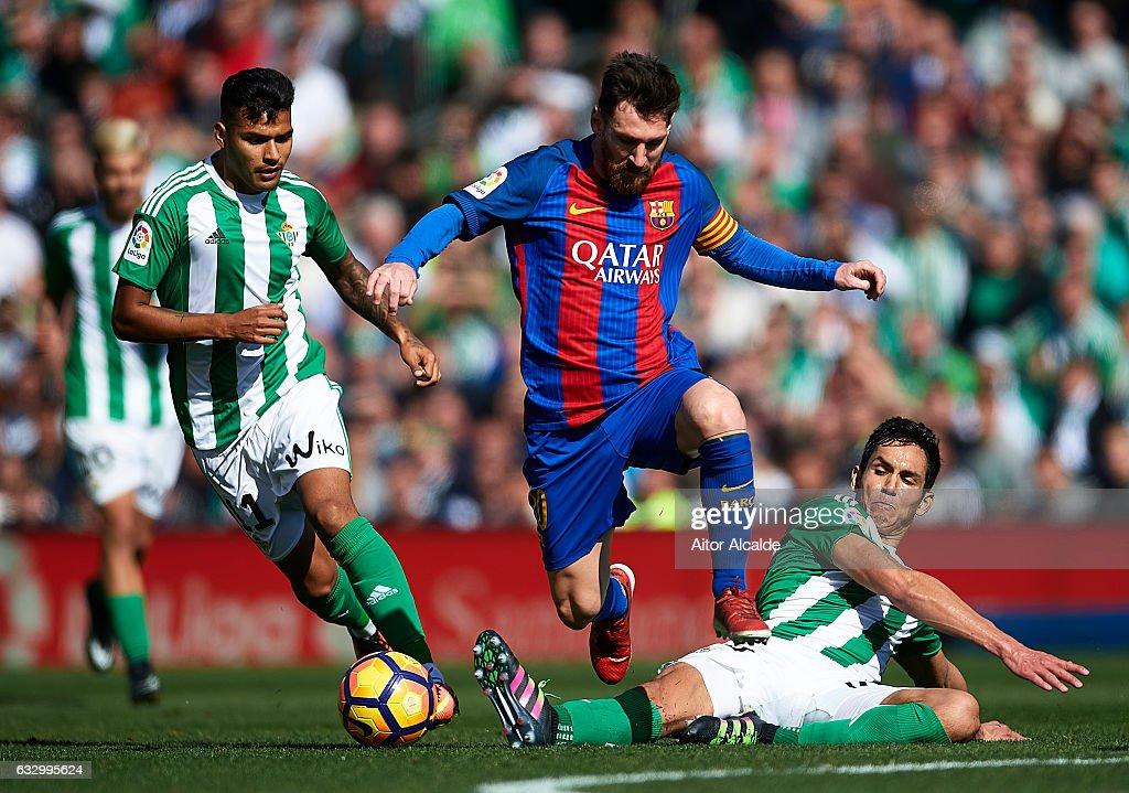 Real Betis Balompie v FC Barcelona - La Liga : ニュース写真