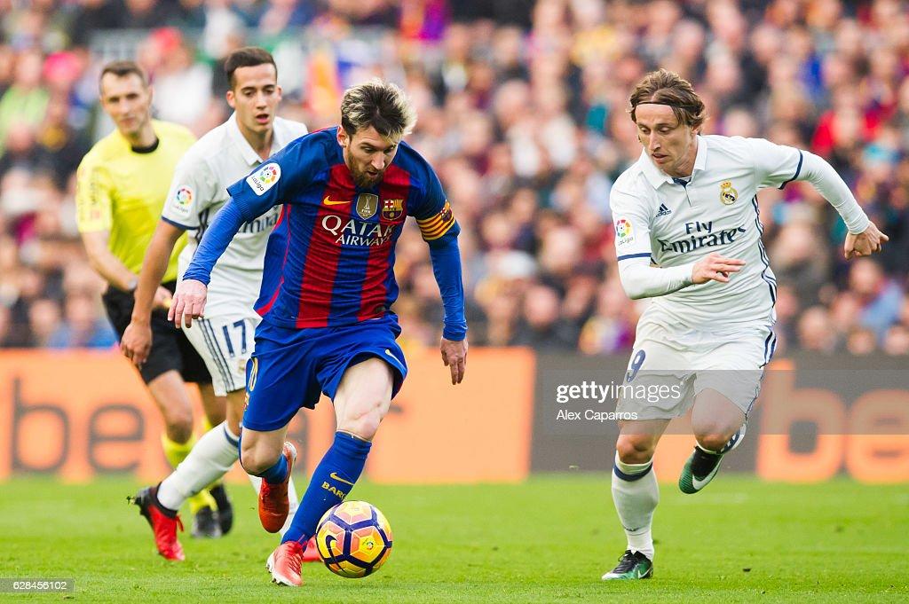 FC Barcelona v Real Madrid CF - La Liga : Foto di attualità
