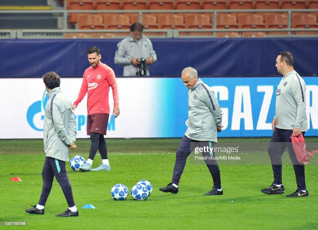Media Access - FC Internazionale v FC Barcelona - UEFA Champions League Group B : News Photo