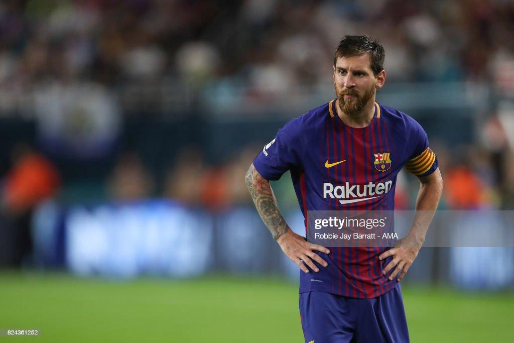 International Champions Cup 2017 - Real Madrid v FC Barcelona : ニュース写真