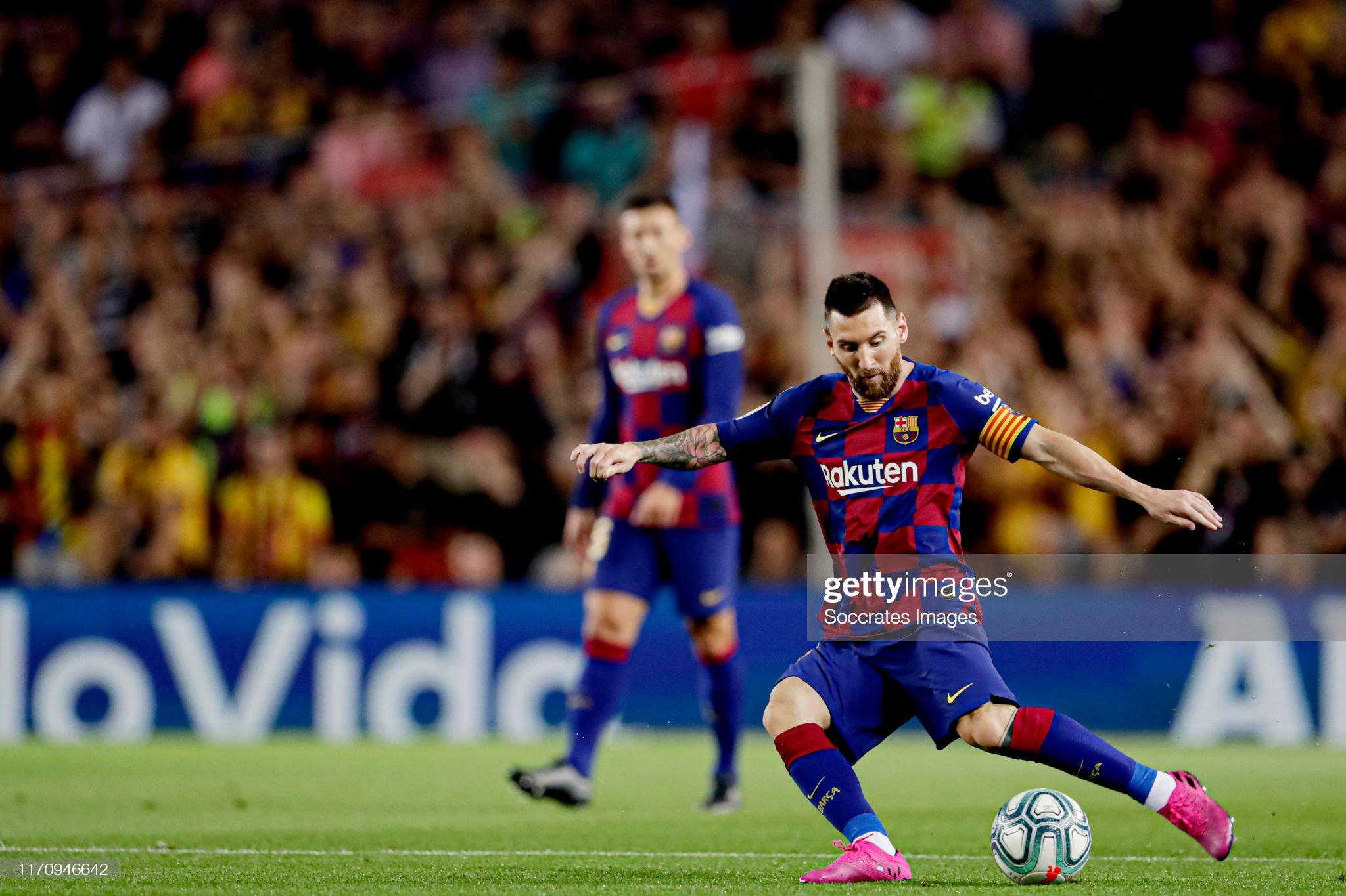 صور مباراة : برشلونة - فياريال 2-1 ( 24-09-2019 )  Lionel-messi-of-fc-barcelona-during-the-la-liga-santander-match-fc-picture-id1170946642?s=2048x2048