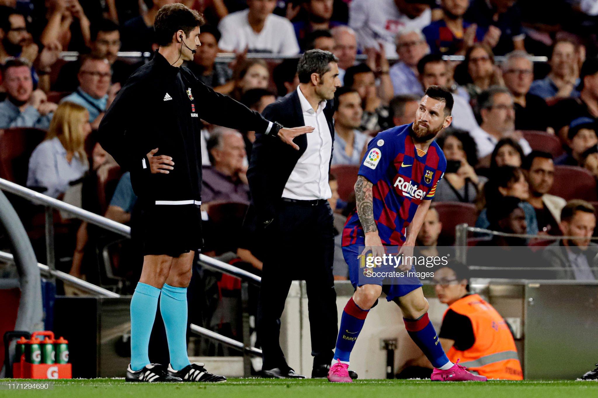صور مباراة : برشلونة - فياريال 2-1 ( 24-09-2019 )  Lionel-messi-of-fc-barcelona-during-the-la-liga-santander-match-fc-picture-id1171294690?s=2048x2048