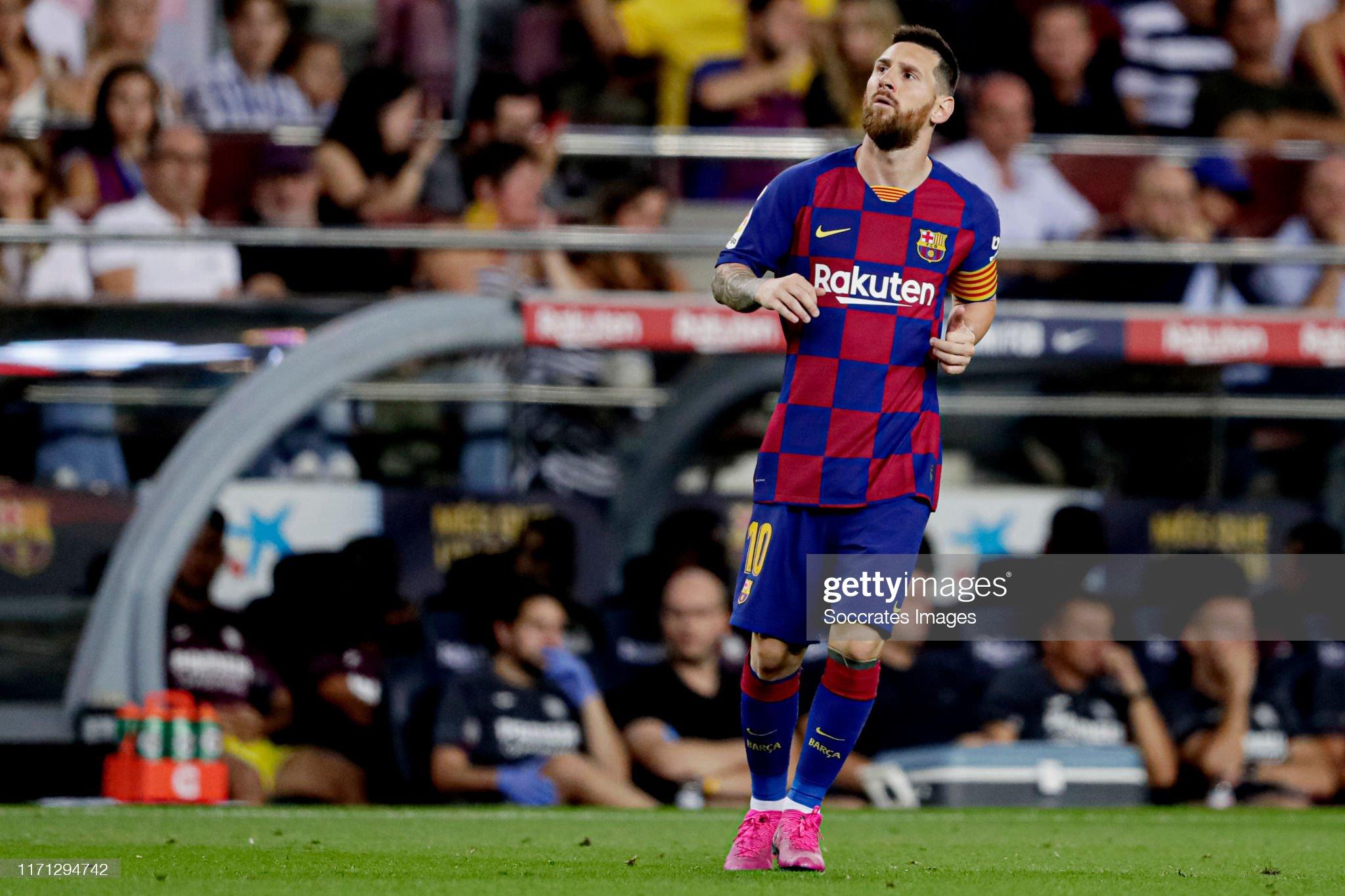 صور مباراة : برشلونة - فياريال 2-1 ( 24-09-2019 )  Lionel-messi-of-fc-barcelona-during-the-la-liga-santander-match-fc-picture-id1171294742?s=2048x2048